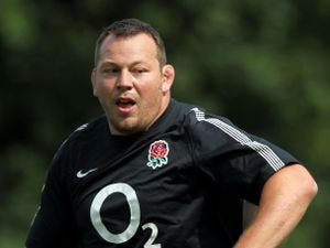 England's Steve Thompson is part of a planned legal action over alleged negligence by the rugby authorities