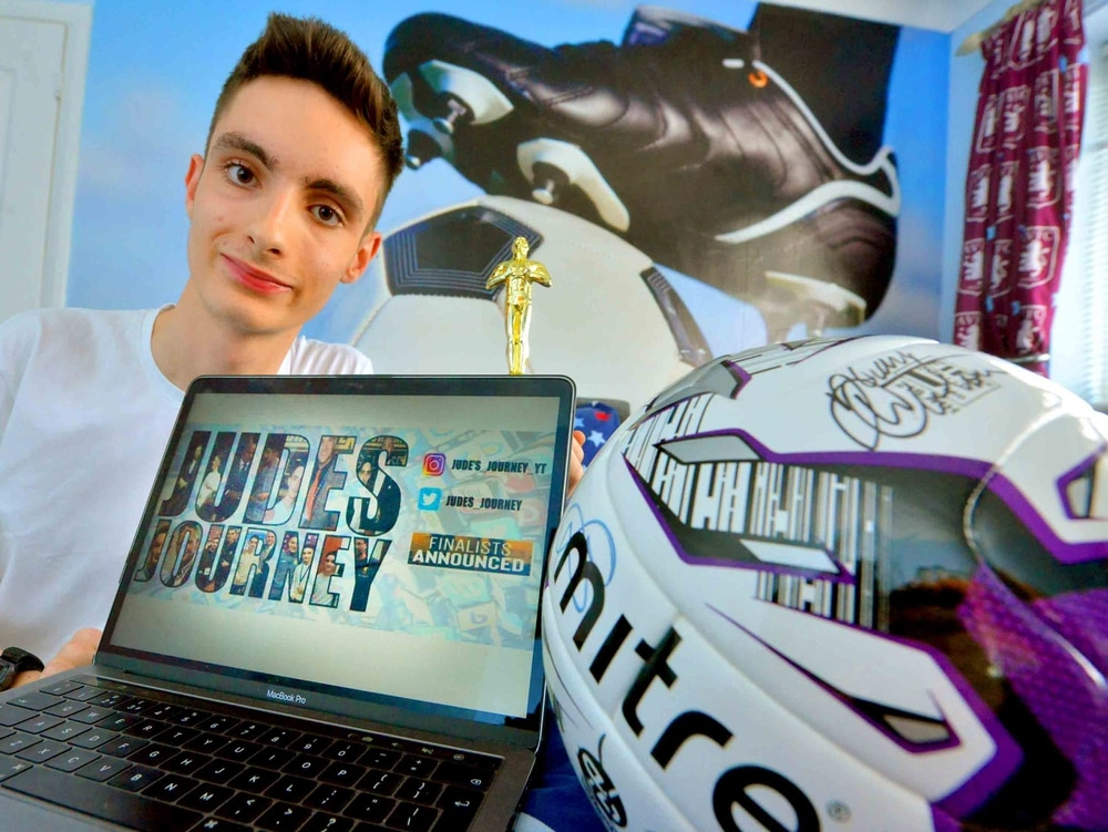Wolverhampton teen with cerebral palsy nominated for football blogging award
