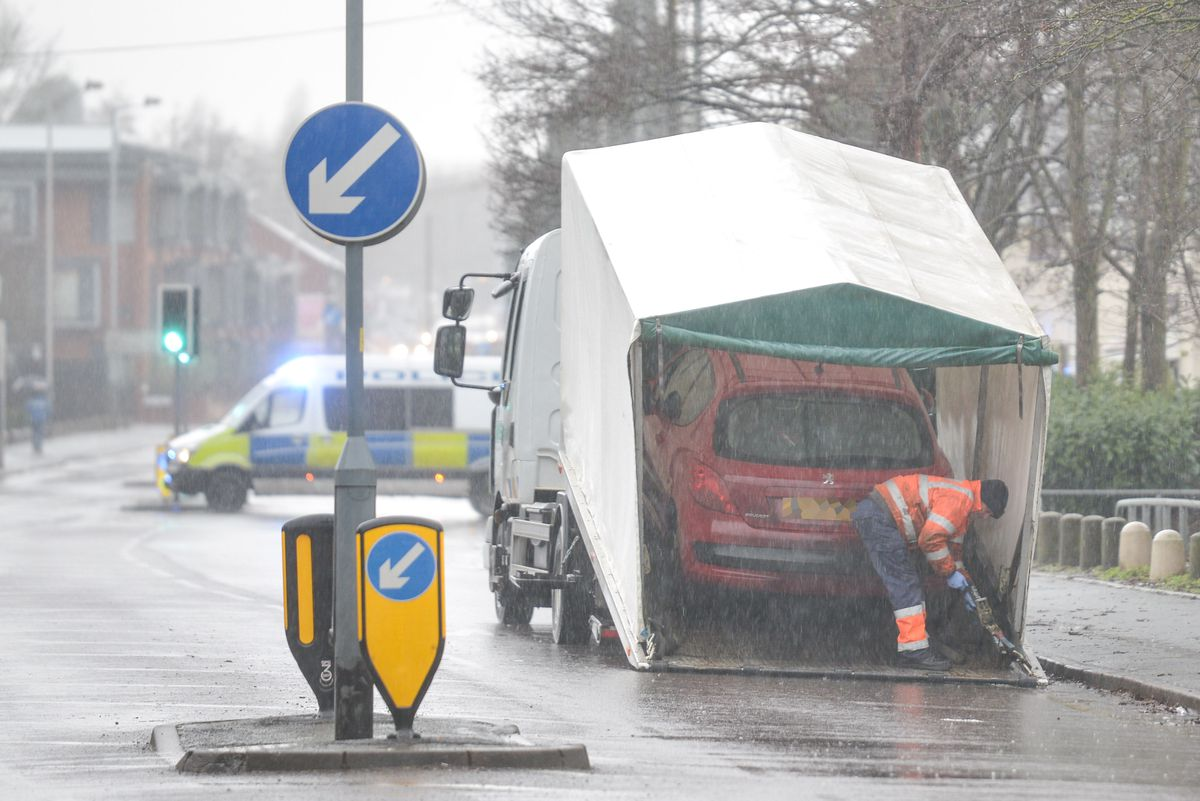 Police at the scene of the crash on Parkfield Road. Photo: SnapperSK