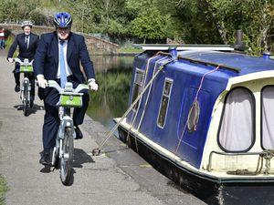PM Boris Johnson and Mayor Andy Street enjoy a ride along the waterways
