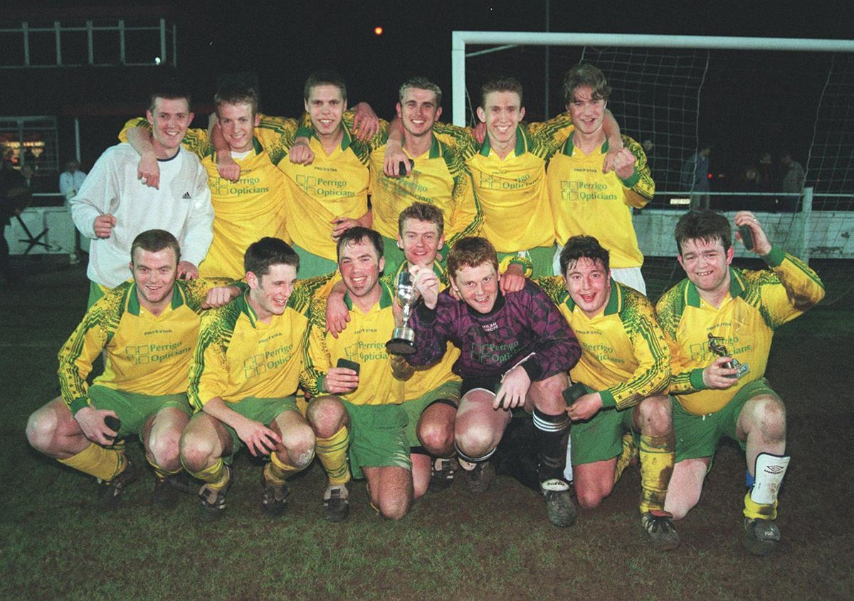 Wombourne North, 1999-2000 winners of the Lester Cup.