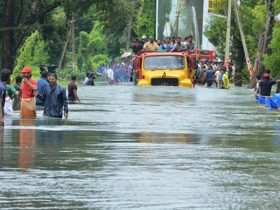 800,000 displaced by floods that have torn through Indian state
