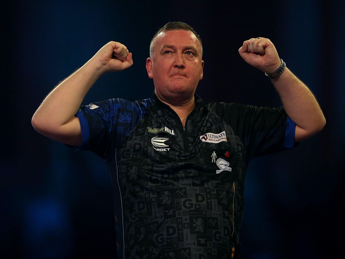 Glen Durrant collected his first piece of PDC silverware (Steven Paston/PA)