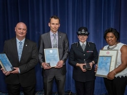 Award for rescuers who pulled drowning man from canal