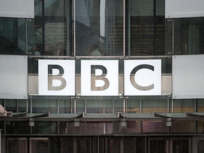 Tory MP says Government should not attack BBC