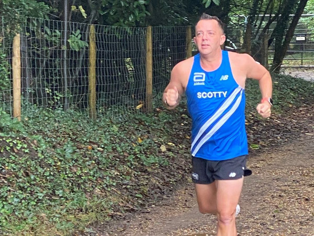 Simon running in preparation for the London Marathon