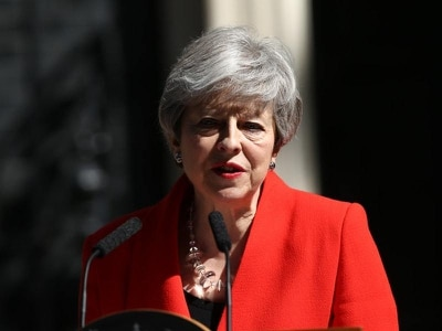 Live updates as Theresa May confirms June 7 departure