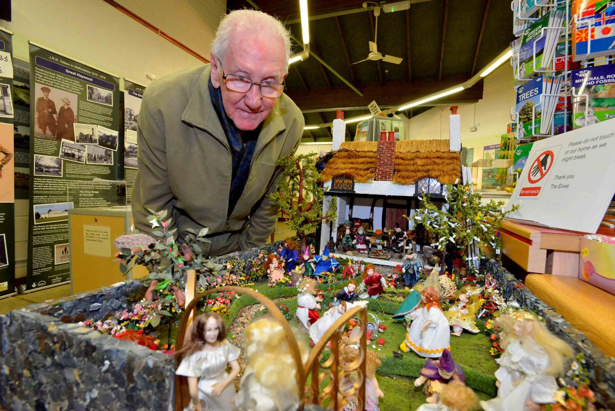 David Craddocks takes a look at The Cottage of Lost Play, made by Staffrodshire Dolls House Club which interprets a poem by Tolkien written in Great Haywood