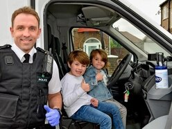 Police pay birthday visit to cheer up four-year-old