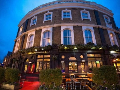 Pub and bar bosses gear up for 'historic day' as reopenings near