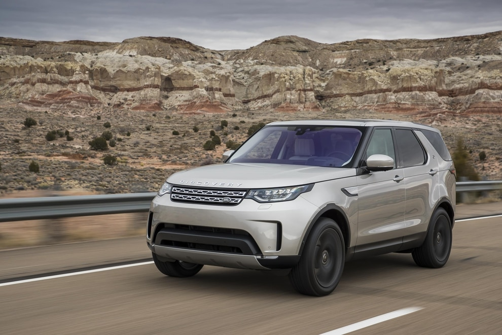 Jaguar Land Rover moves Discovery production from Solihull to Slovakia