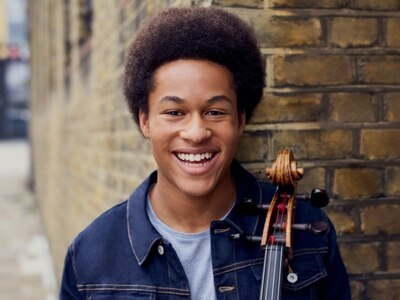 Royal Wedding cellist Sheku Kanneh-Mason wows crowds in Birmingham - review