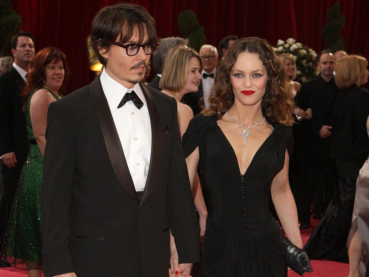 Johnny Depp and Vanessa Paradis at the Oscars in 2008