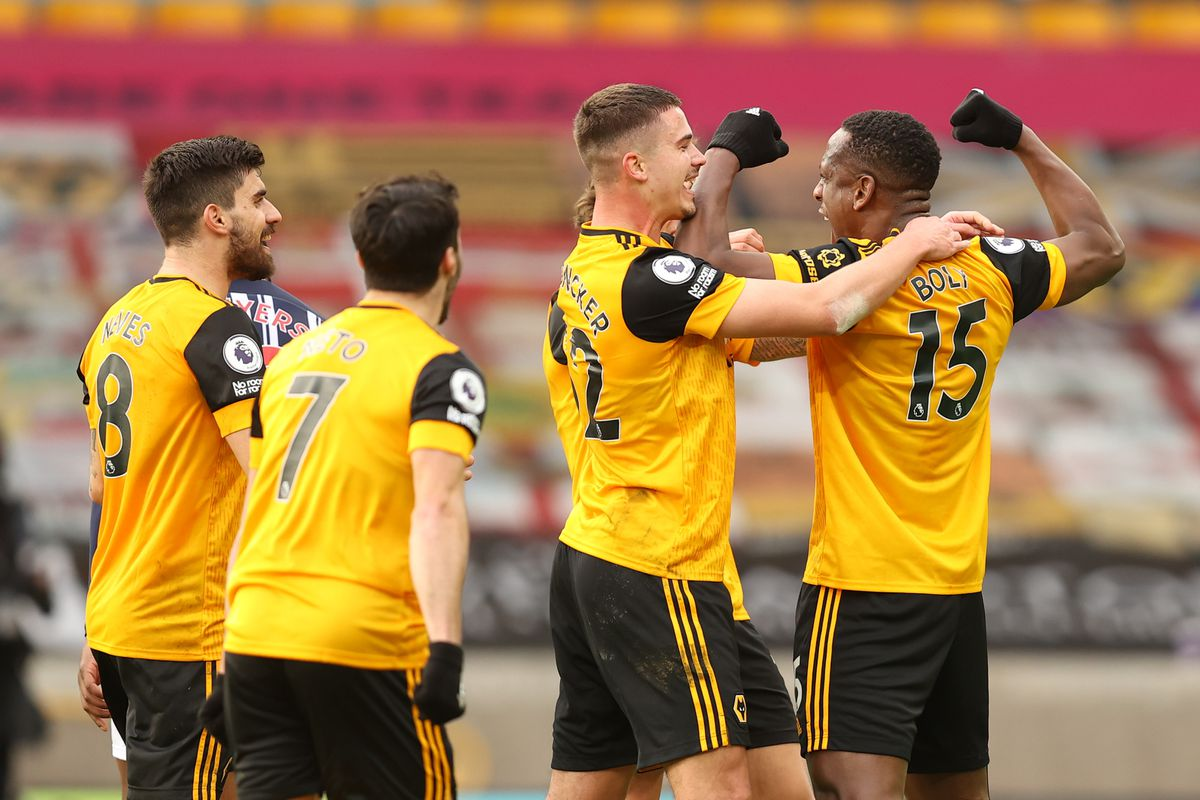 Willy Boly of Wolverhampton Wanderers celebrates after scoring a goal to make it 2-1. (AMA)