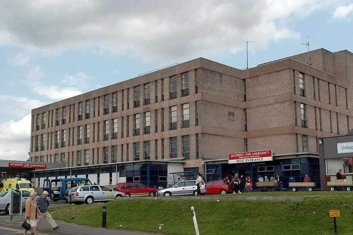 Wolverhampton's New Cross cancer scandal: Hospital chiefs say patients not harmed