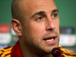 Pepe Reina: Aston Villa talks on hold until Milan buy a keeper