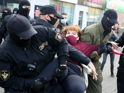 Belarusian police arrest 200 women at opposition protest