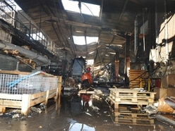 Brierley Hill factory wrecked in severe overnight blaze - PICTURES and VIDEO