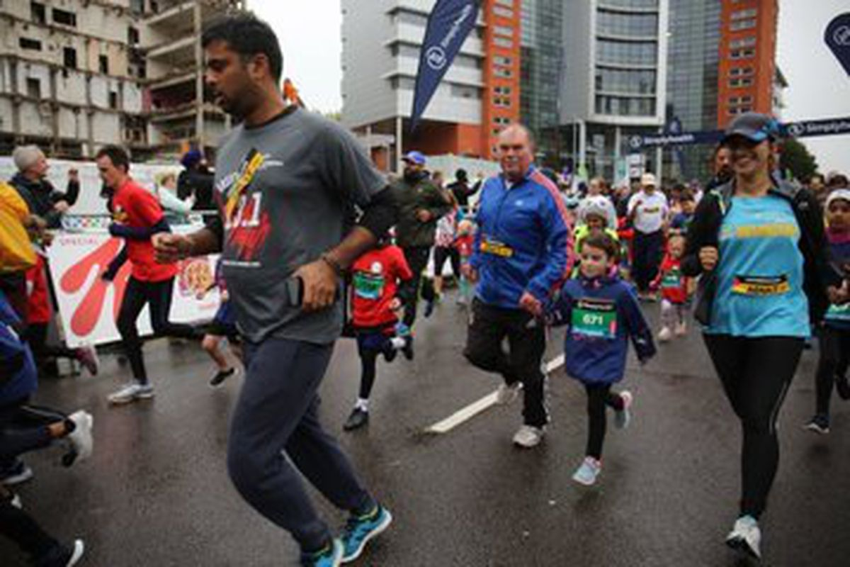 Thousands took part in the Great Birmingham Run – which was cut short after a suspicious vehicle was spotted on near the course. Photo: The Great Run Company