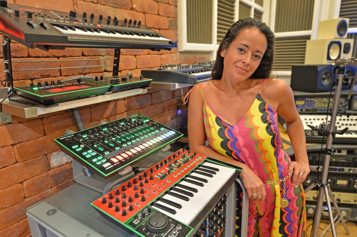 Anna in the recording studio