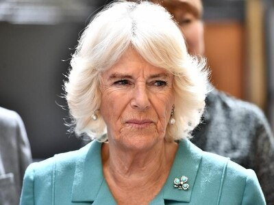 Camilla visits homelessness charity on Belfast peace wall