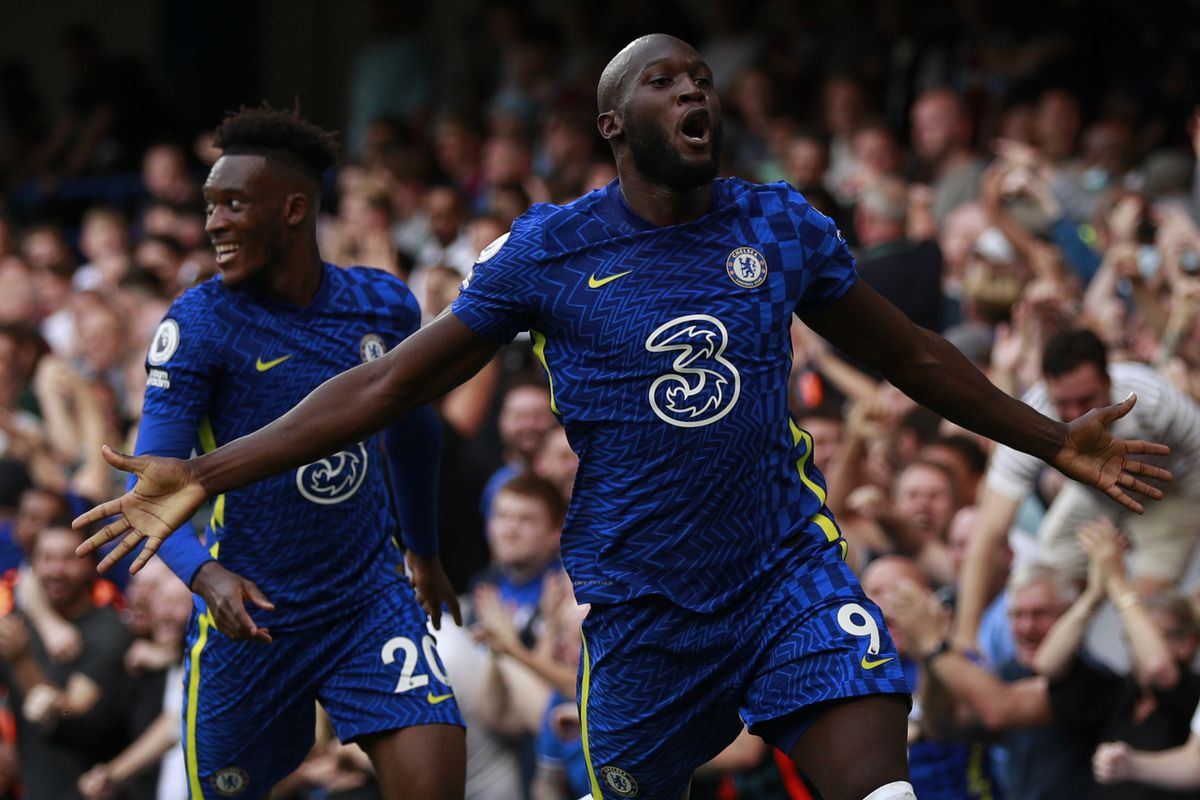 Chelsea's Romelu Lukaku, right, celebrates after scoring his side's opening goal