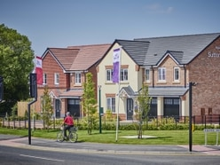 Taylor Wimpey in earnings rise but uncertainty stunts prices