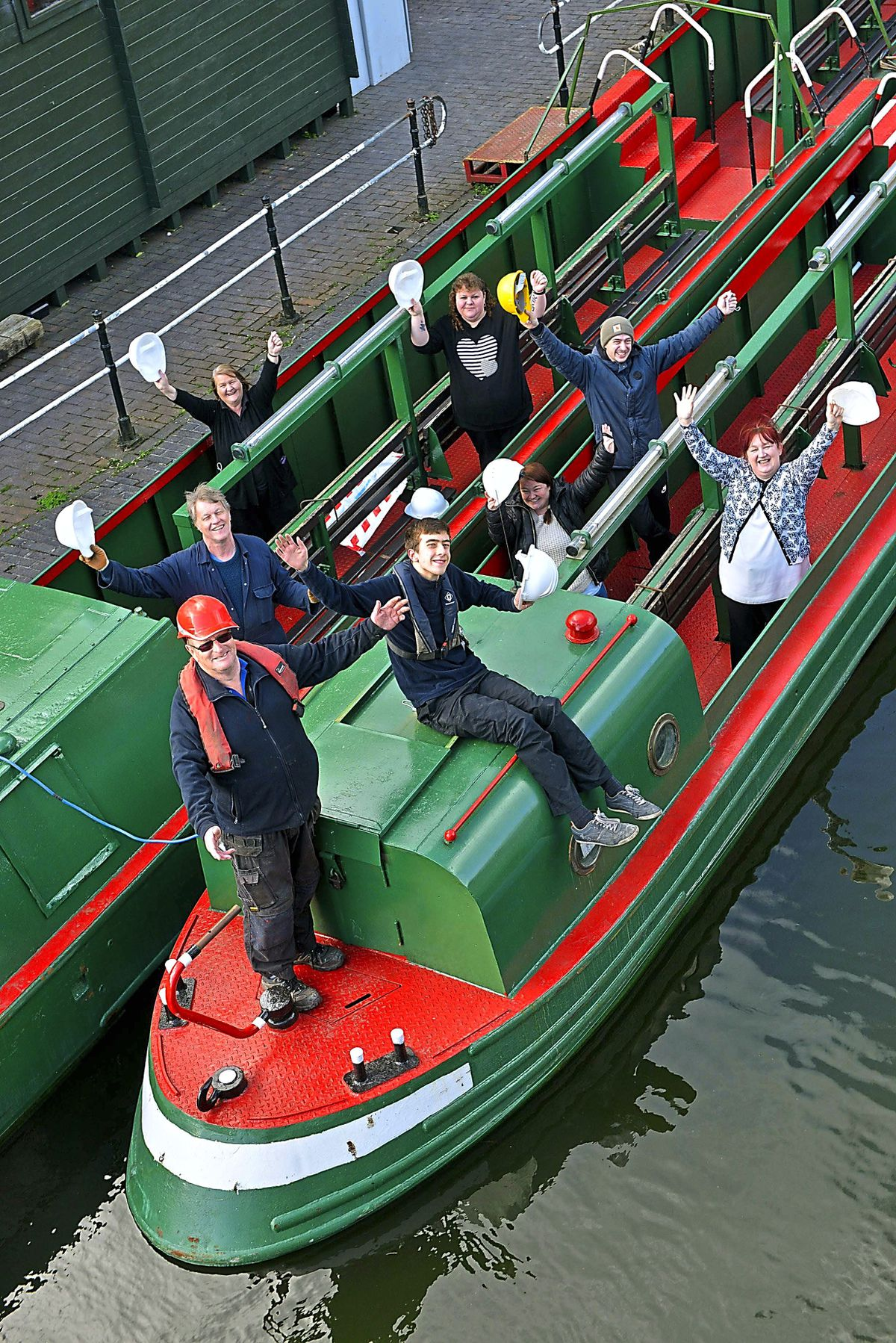 Members of the Dudley Canal and Tunnel Trust are delighted to receive a grant