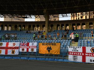 Some of the supporters who made the long trip to Yerevan (© AMA / Sam Bagnall)