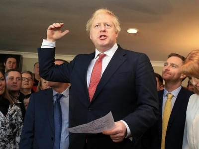 Johnson to address new Tory MPs as they prepare to vote on Brexit deal