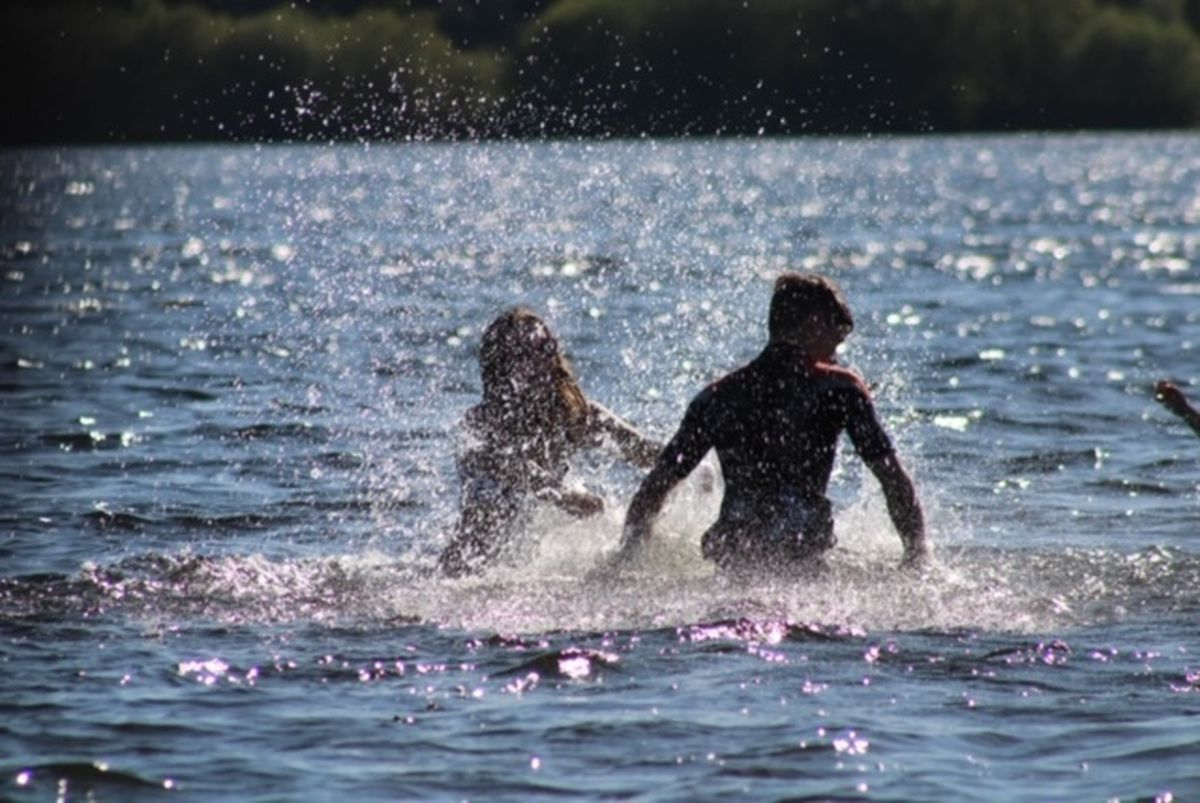 Siblings Tom and Harriet Temple, aged 16 and 13, from Tettenhall enjoying the water at Chasewater