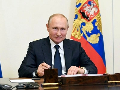 Vladimir Putin sets July 1 date for vote that could keep him in power until 2036
