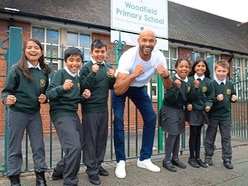 WATCH: Matt Murray makes special visit to Wolverhampton primary school