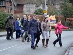 WATCH: Gavin Williamson walks 'dangerous' Codsall to Perton school route