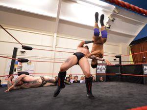 MJ Grayson executes a throw on Carlos Zamora