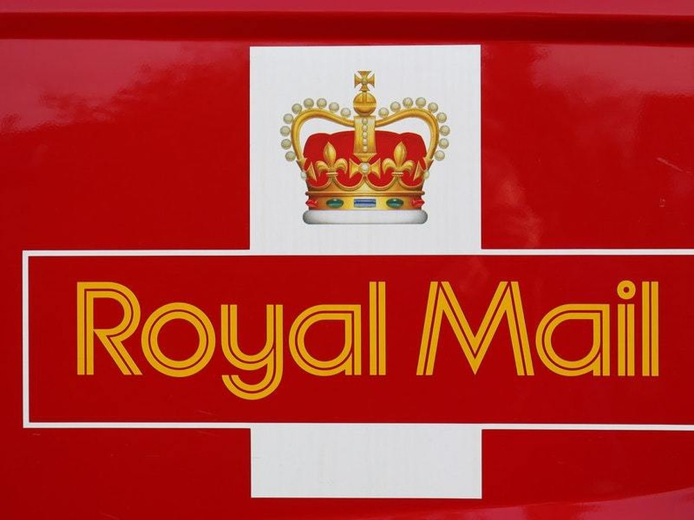 Royal Mail warns over worsening decline in letter mailings