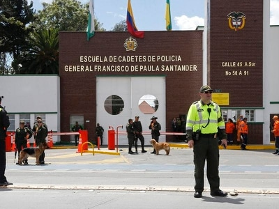 One-armed explosives expert blamed for Colombia car bombing