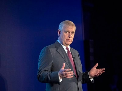More groups cut ties with Duke of York