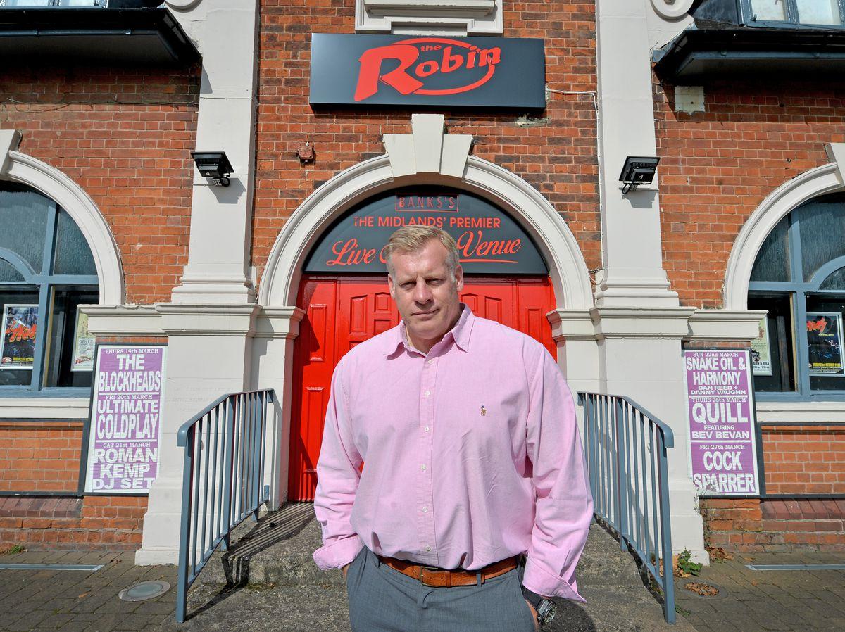 Fraser Tranter, owner of robin 2, at Bilston