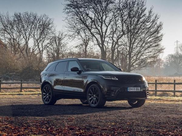 Stylish new Range Rover Velar R-Dynamic Black joins the range