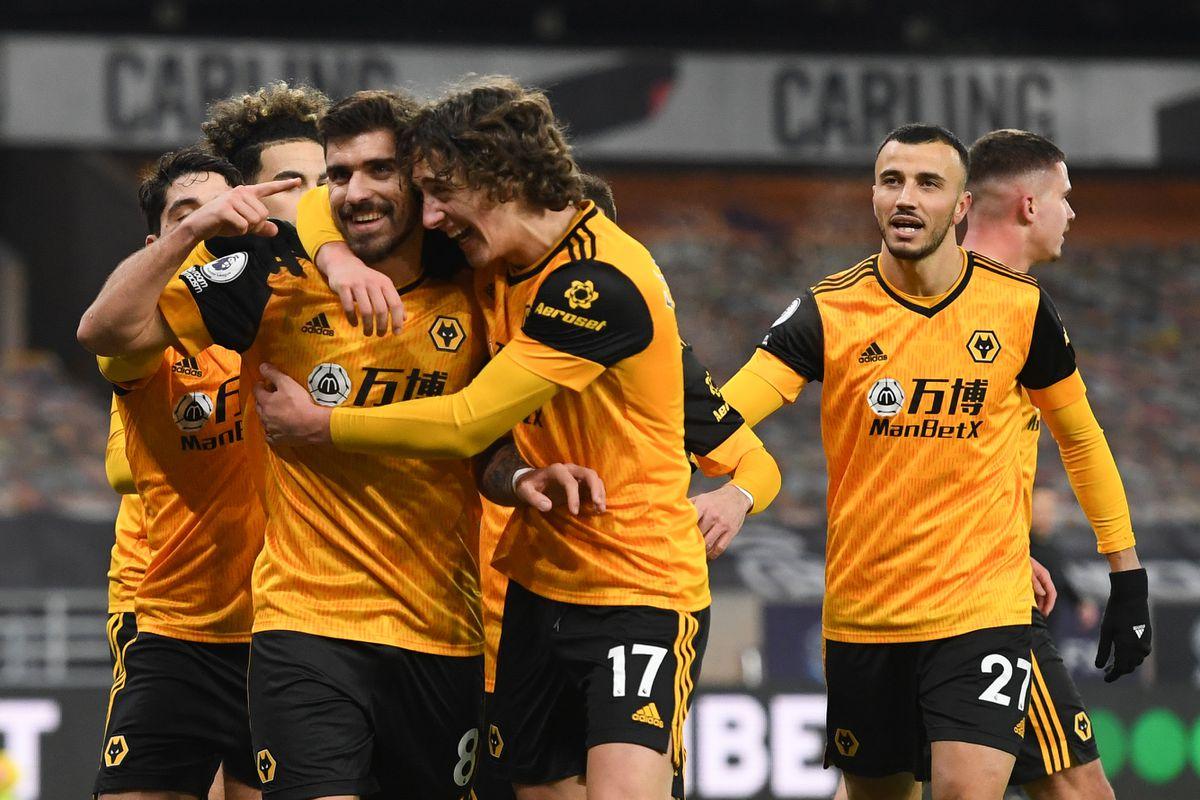 Ruben Neves of Wolverhampton Wanderers celebrates after scoring a goal to make it 1-1 (AMA)