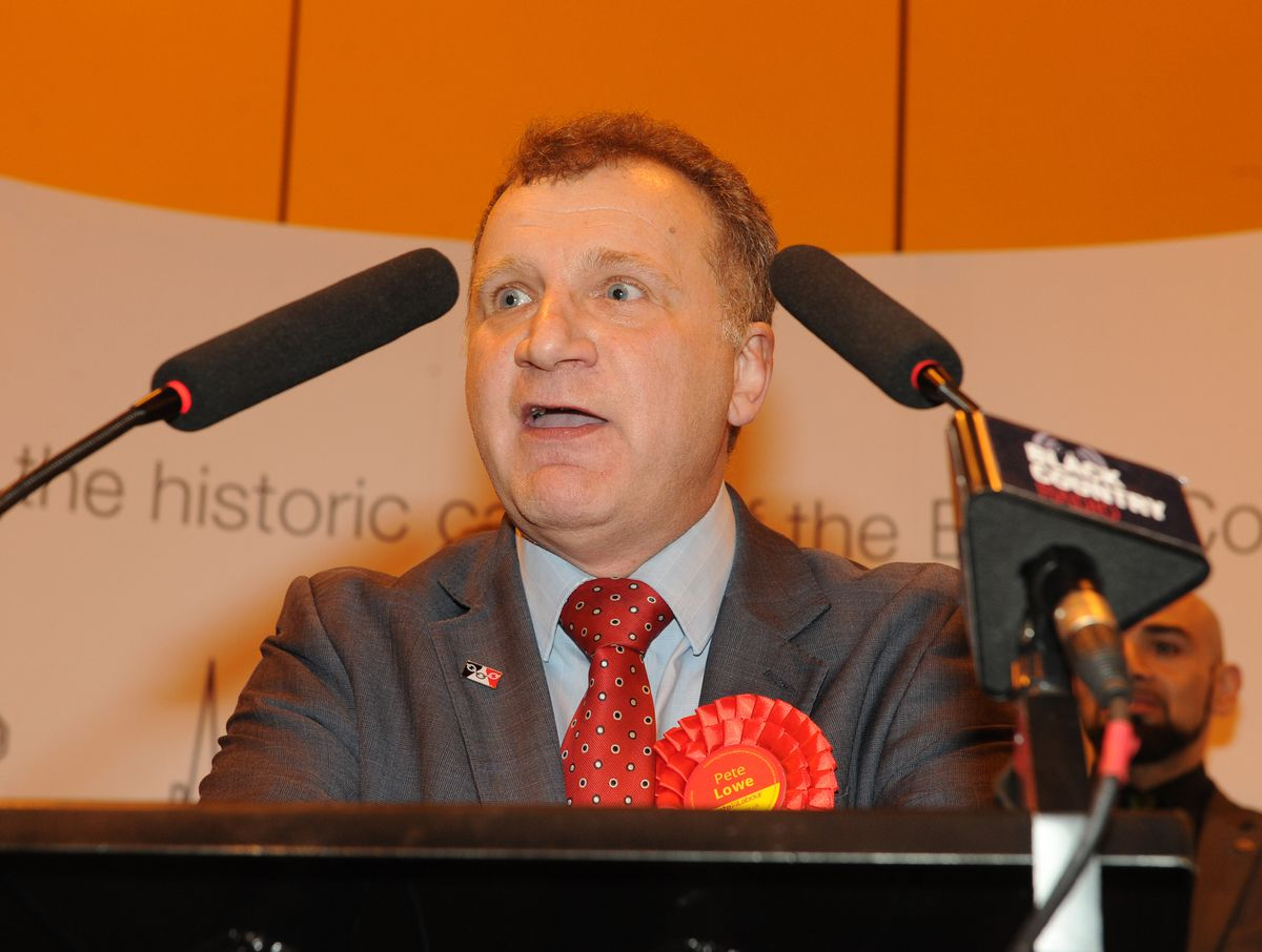 Dudley Labour leader Pete Lowe speaks at the count