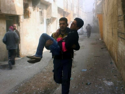 Air strikes on Damascus suburbs claim more lives