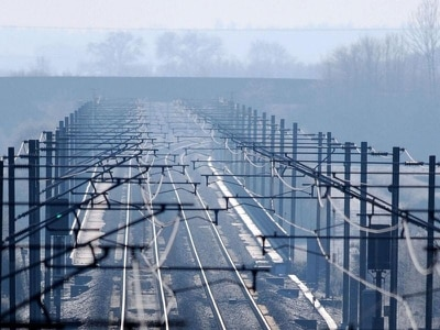 What are the pros and cons of electrification on the rail network?