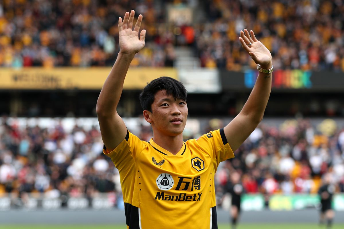 WOLVERHAMPTON, ENGLAND - AUGUST 29: Hwang Hee-Chan of Wolverhampton Wanderers is introduced to the fans ahead of the Premier League match between Wolverhampton Wanderers  and  Manchester United at Molineux on August 29, 2021 in Wolverhampton, England. (Photo by Jack Thomas - WWFC/Wolves via Getty Images).