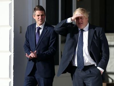 Boris Johnson defends Gavin Williamson over exams criticism