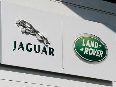 Trump's tariff threat puts JLR and Aston Martin in the firing line