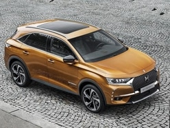 Night vision and cat paw massages – meet the DS 7 Crossback