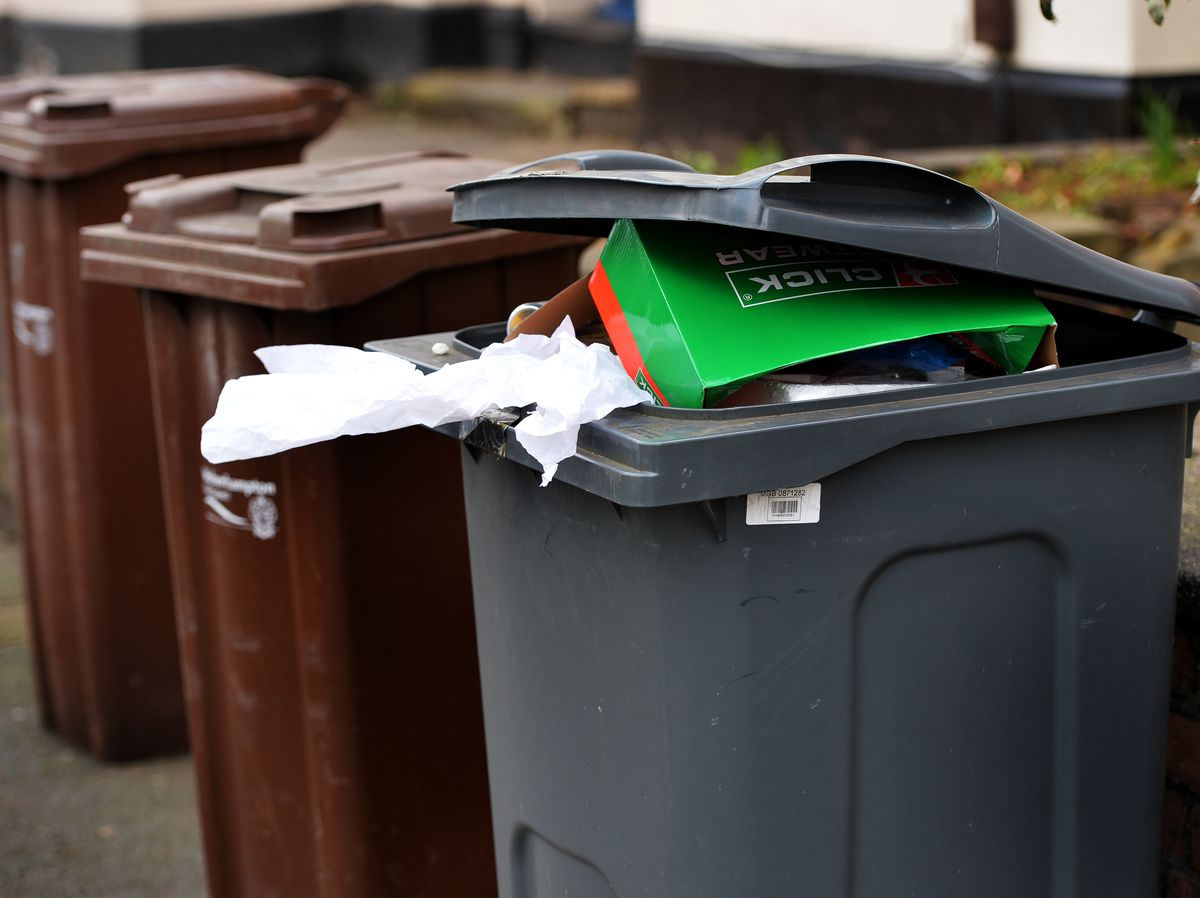 Controversial – bin rounds in Wolverhampton are changing to every other week from September