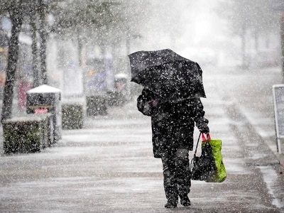 Travel disruption expected as strong winds and snow showers hit UK